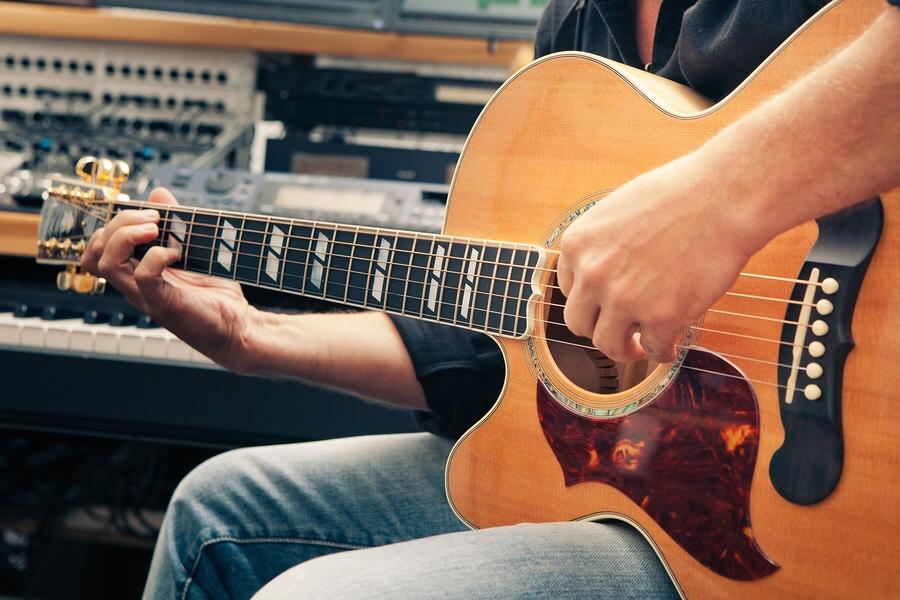 left handed guitars san diego guitar lessons. Black Bedroom Furniture Sets. Home Design Ideas